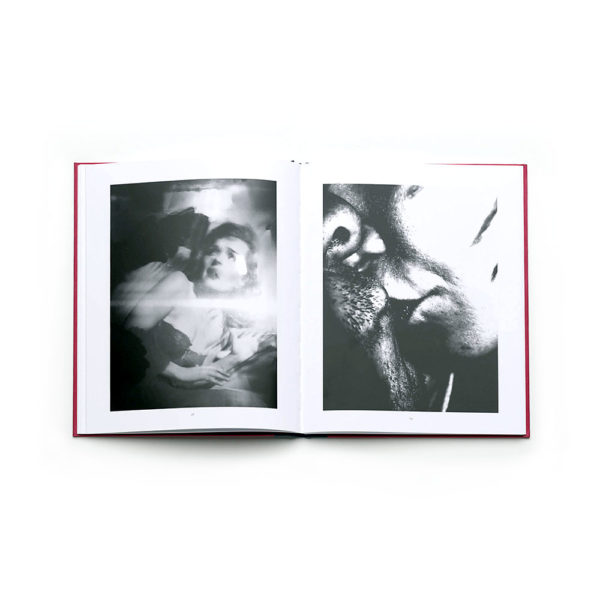exit-pleasure-victor-cobo-photography-photobook-larry-fink-lartiere-2016