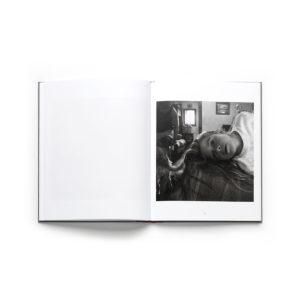 the-polarities-larry-fink-photobook-photography-lartiere-2017